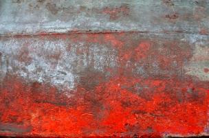 Rot auf Silber